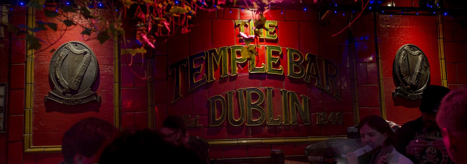 The Temple Bar (au cas ou vous ne l'auriez pas remarqué) C.P. :  Diego Almazan