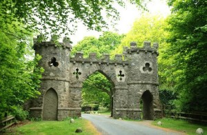 The_Barbican_Gate,_Tollymore_forest_-_geograph.org.uk_-_805119