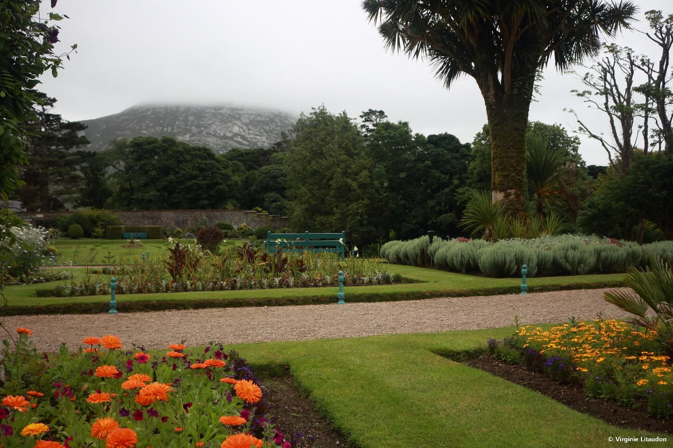 Crédit photo : Virginie Litaudon, Les jardins sont à 15 minutes à pied (ou 5 minutes en navette) de Kylemore Abbey