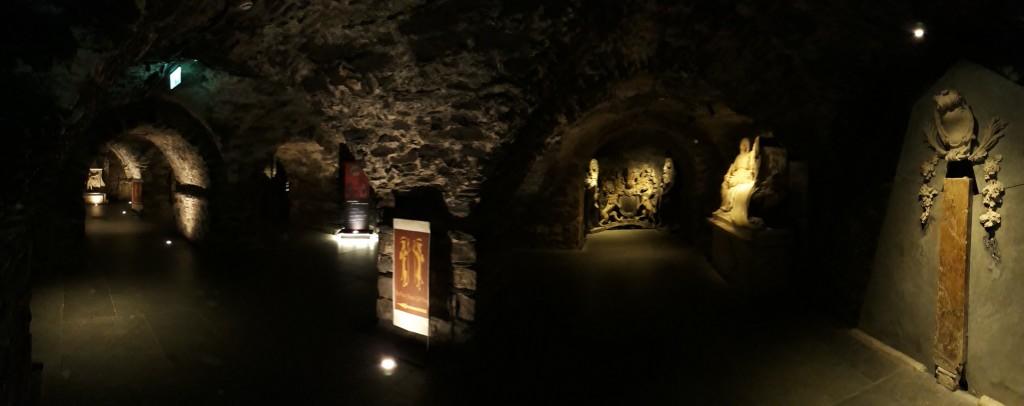 L'entrée de la crypte